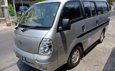 Jual Kia Travello 2008 harga murah di Jawa Tengah
