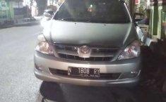 Toyota Kijang Innova 2005 Jawa Timur dijual dengan harga termurah