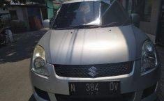 Jual mobil Suzuki Swift ST 2010 terawat di Jawa Timur