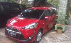 Dijual mobil bekas Toyota Sienta G, Jawa Barat
