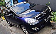 Bali, jual mobil Toyota Kijang Innova G 2005 dengan harga terjangkau