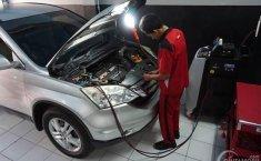 Flushing AC Mobil, Kuras Oli dan Freon Tanpa Bongkar AC