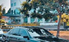 Jual BMW 5 Series 530i 2001 harga murah di DKI Jakarta