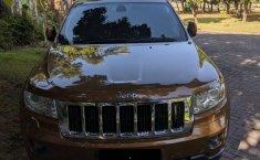 Jual Jeep Grand Cherokee Limited 2012 harga murah di Jawa Timur