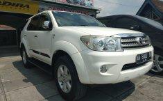 Jual mobil Toyota Fortuner G 2009 harga murah di DIY Yogyakarta