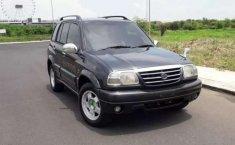 Jual Suzuki Escudo 2.0i 2001 harga murah di Jawa Barat