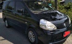 Jual Nissan Serena 2010 harga murah di Jawa Timur