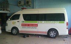 Jual mobil Toyota Hiace High Grade Commuter 2019 terbaik di Jawa Timur