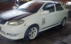 Jual mobil Toyota Vios Limo E 2004 bekas, Banten