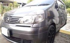 Jawa Tengah, jual mobil Nissan Serena 2010 dengan harga terjangkau