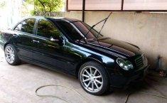 Jawa Barat, jual mobil Mercedes-Benz C-Class C 180 2002 dengan harga terjangkau