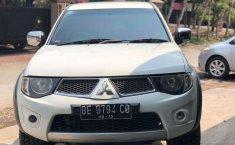 Mobil Mitsubishi Triton 2014 terbaik di Lampung
