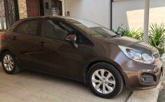 DKI Jakarta, dijual mobil Kia Rio 1.4 Automatic 2012 terawat