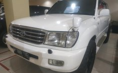 Jual mobil bekas Toyota Land Cruiser 4.2 VX 2002 dengan harga murah di DKI Jakarta