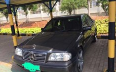 Mercedes-Benz C-Class 1995 Jawa Barat dijual dengan harga termurah