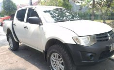 Jual Mitsubishi Triton GLX 4x4 2013 harga murah di Banten