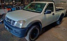 Mobil Isuzu D-Max 2005 terbaik di Riau