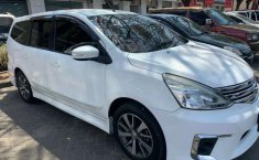 Mobil Nissan Grand Livina 2015 Highway Star dijual, Jawa Timur