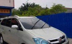 Jual cepat Toyota Kijang Innova E 2005 di Riau