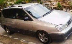 Jual mobil bekas murah Kia Carens 2001 di Jawa Tengah