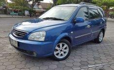 Mobil Kia Carens 2006 terbaik di DIY Yogyakarta