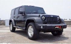 Dijual mobil bekas Jeep Wrangler Sport Renegade, DKI Jakarta