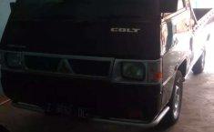 Jual Mitsubishi L300 2011 harga murah di Jawa Barat