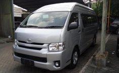 Mobil Toyota Hiace High Grade Commuter 2019 dijual, Jawa Timur
