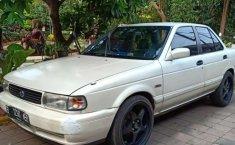 Mobil Nissan Sentra 1995 terbaik di Banten