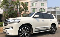 Dijual mobil bekas Toyota Land Cruiser Full Spec E, DKI Jakarta