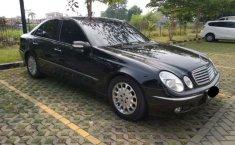 Jual cepat Mercedes-Benz E-Class 260 2002 di DKI Jakarta