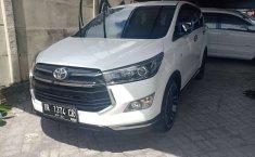 Toyota Venturer 2017 Bali dijual dengan harga termurah