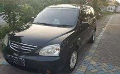 Mobil Kia Carens 2003 dijual, Jawa Timur
