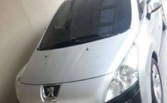 Jual mobil Peugeot 3008 3008 2011 bekas, Jawa Barat