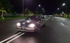 Mobil Mercedes-Benz 300E 1991 terbaik di Jawa Timur