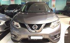 Mobil Nissan X-Trail 2015 2.5 CVT dijual, Jawa Timur