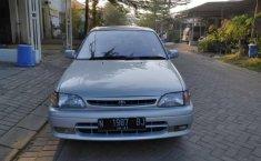 Mobil Toyota Starlet 1996 terbaik di Jawa Timur