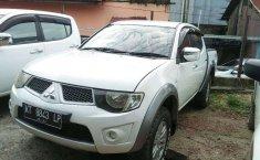 Kalimantan Timur, Mitsubishi Triton 2014 kondisi terawat