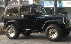 Jual mobil bekas murah Jeep CJ 7 diesel 1982 di Bali