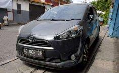Jawa Timur, Toyota Sienta V 2018 kondisi terawat