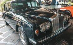 Review Rolls-Royce Silver Shadow II 1983: Langkah Sang Rolls-Royce Menuju Modernitas