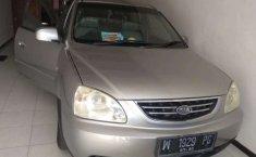 Jawa Timur, jual mobil Kia Carens 2005 dengan harga terjangkau