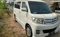 Mobil Daihatsu Luxio 2011 X dijual, Jawa Barat