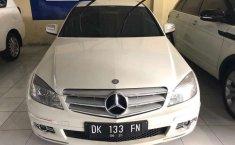 Bali, jual mobil Mercedes-Benz C-Class C 200 K 2009 dengan harga terjangkau