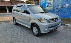 Mobil Daihatsu Xenia Xi 2005 terawat di DIY Yogyakarta