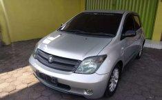 Mobil Toyota IST 2003 dijual, Jawa Tengah