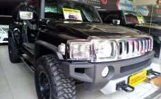 Hummer H3 2010 Jawa Timur dijual dengan harga termurah