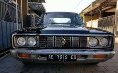 Mobil Toyota Crown 1976 terbaik di Jawa Tengah