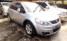 Mobil Suzuki SX4 X-Over 2010 terbaik di Sumatra Utara