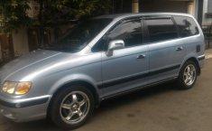 Jual mobil Hyundai Trajet GLS 2001 dengan harga murah di Jawa Barat